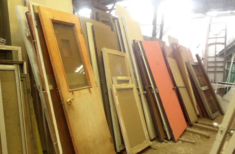 Puertas de madera, variedad.